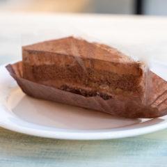 チョコレートケーキ 390円